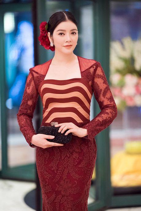 Ly Nha Ky dep long lay tai le be mac Lien hoan phim Quoc te Ha Noi 2016 - Anh 3
