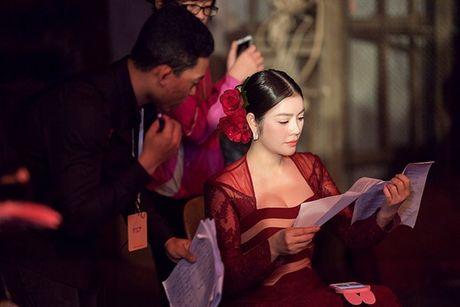Ly Nha Ky dep long lay tai le be mac Lien hoan phim Quoc te Ha Noi 2016 - Anh 5