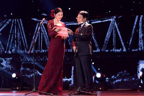 Ly Nha Ky dep long lay tai le be mac Lien hoan phim Quoc te Ha Noi 2016 - Anh 6