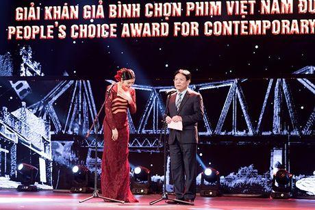 Ly Nha Ky dep long lay tai le be mac Lien hoan phim Quoc te Ha Noi 2016 - Anh 7