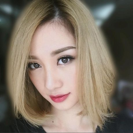 Jun Vu lot xac voi mai toc bach kim cung phong cach goi cam - Anh 2