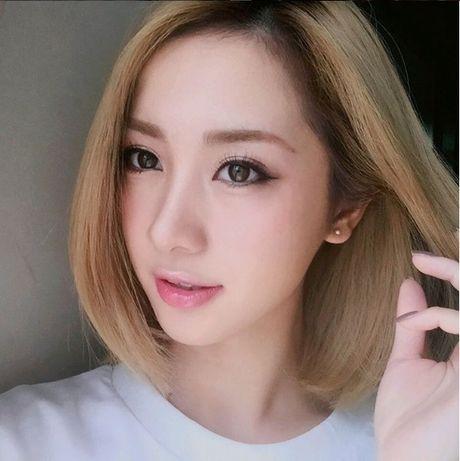 Jun Vu lot xac voi mai toc bach kim cung phong cach goi cam - Anh 3