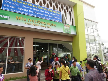 Nha van hoa dau tien trong KCN – KCX di vao hoat dong - Anh 5