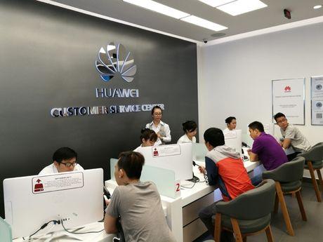 Huawei bat dau tu xay trung tam bao hanh rieng tai Viet Nam - Anh 1