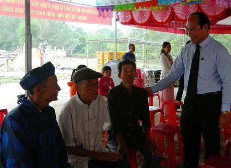 Chu tich Mat tran tinh Quang Nam du Ngay hoi dai doan ket toan dan toc - Anh 1