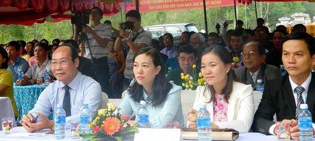 Chu tich Mat tran tinh Quang Nam du Ngay hoi dai doan ket toan dan toc - Anh 2