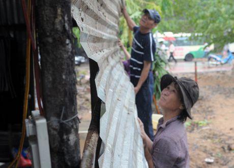 Canh do nat vung ron lu Phu Yen - Anh 9