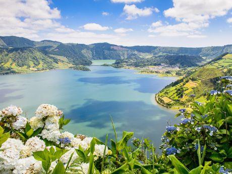 Phong Nha vao top thang canh tuyet dep con giau tiem nang - Anh 7