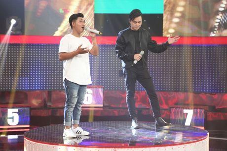 Toc Tien guc nga vi DJ nong bong nhung co giong hat tham hoa - Anh 4