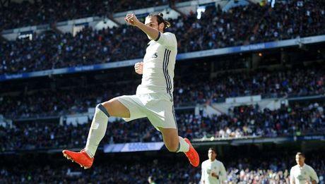 Chap Ronaldo, Real thang tung bung nho Bale - Anh 1