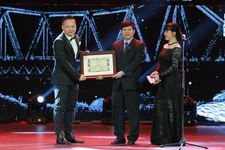 Hinh anh: Dem trao giai lien hoan phim quoc te Ha Noi lan thu 4 - Anh 10