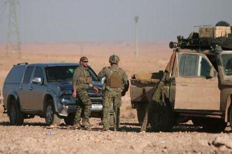 My bat dau can thiep vao Raqqa, don duong IS - Anh 1