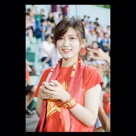 Mon mat ngam nhung bong hong non na cua chan sut Viet - Anh 20