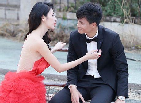 Mon mat ngam nhung bong hong non na cua chan sut Viet - Anh 3