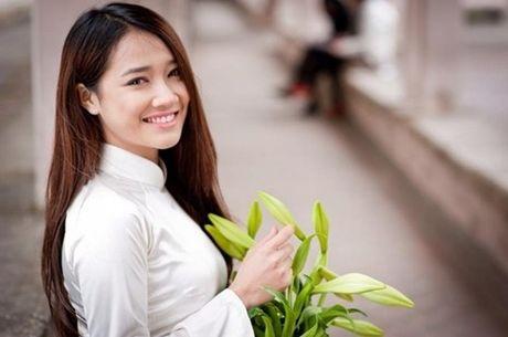 So sanh hinh anh nay khong tin Nha Phuong co cam nhon, mui cao - Anh 14
