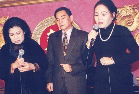 Long Nhat dau dau ki niem cay dang cua NS Ut Bach Lan - Anh 4