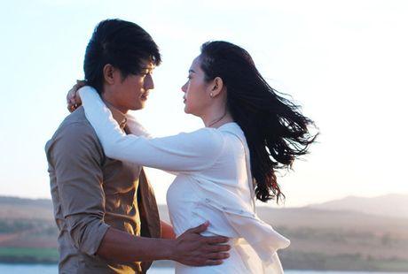 Run ray truoc nhung canh hon ngot lim cua Minh Hang - Anh 3