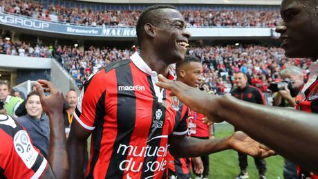 Balotelli no tung bung, hua vo dich Ligue 1 - Anh 1