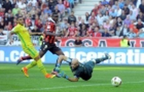 Balotelli no tung bung, hua vo dich Ligue 1 - Anh 5