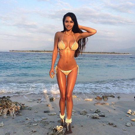 Helga Lovekaty - Nang sieu mau khien gia dinh James Rodriguez luc duc - Anh 7