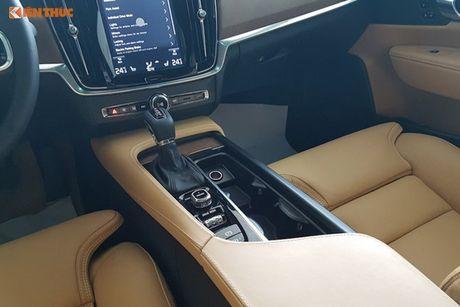 Volvo S90 chinh hang gia 2,7 ti dong tai Viet Nam - Anh 11