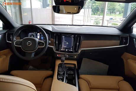 Volvo S90 chinh hang gia 2,7 ti dong tai Viet Nam - Anh 6