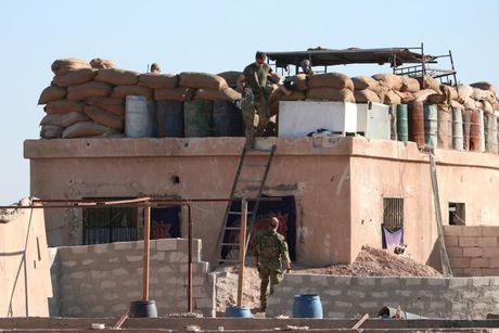 Loat anh danh phien quan IS o Mosul va Raqqa - Anh 10