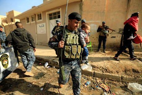 Loat anh danh phien quan IS o Mosul va Raqqa - Anh 5