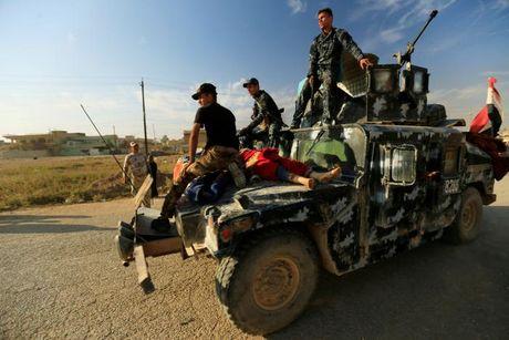 Loat anh danh phien quan IS o Mosul va Raqqa - Anh 6