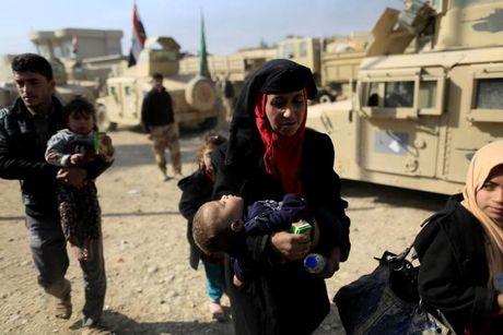 Loat anh danh phien quan IS o Mosul va Raqqa - Anh 8