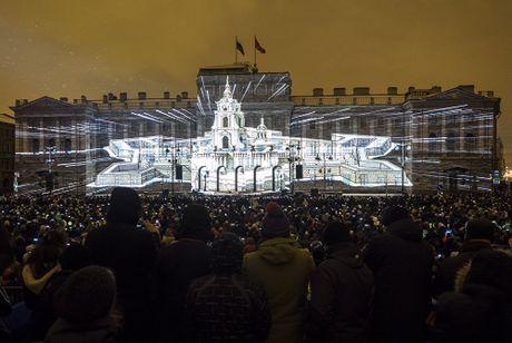 Le hoi anh sang 3D Mapping nam 2016 o Nga - Anh 5