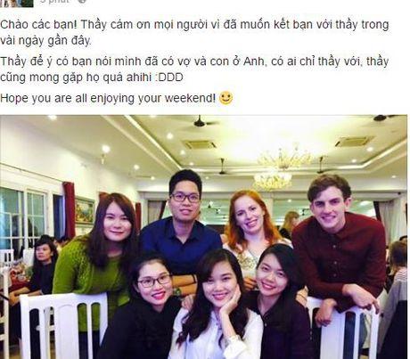 Thay giao ngoai quoc dien trai khien nu sinh Ha Noi 'ban loan' - Anh 3