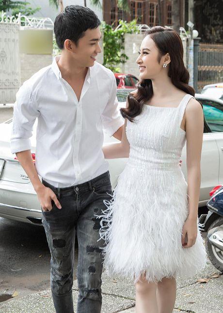 Lo bang chung Angela Phuong Trinh va 'ga cung' Khac Tiep yeu nhau? - Anh 1