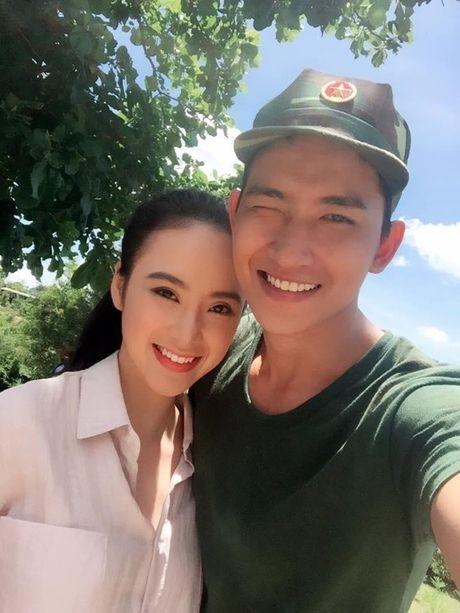 Lo bang chung Angela Phuong Trinh va 'ga cung' Khac Tiep yeu nhau? - Anh 2