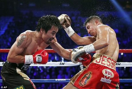 Pacquiao vo dich WBO trong ngay tro lai - Anh 1
