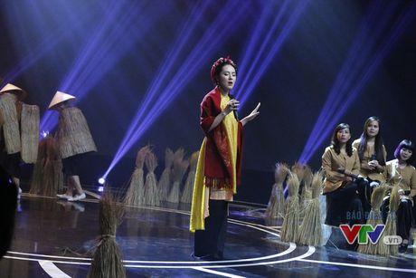 Phuong Linh khoe ve dep ngot ngao trong Giai dieu tu hao thang 11 - Anh 2