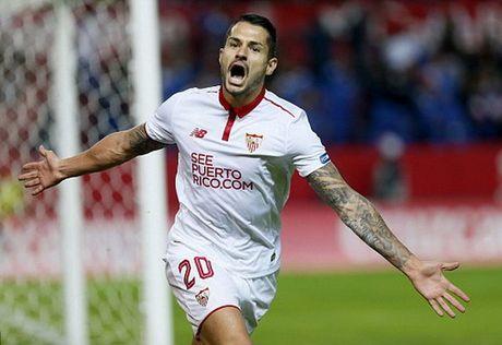 "Barcelona ""vuot ai"" Sevilla, ap sat ngoi dau Real Madrid - Anh 3"