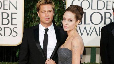 Brad Pitt ne tranh truyen thong sau khung hoang ly di - Anh 2