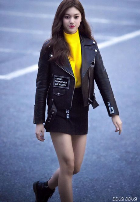Jessica do style cung SNSD, Chae Yeon phoi do che chan tho - Anh 10