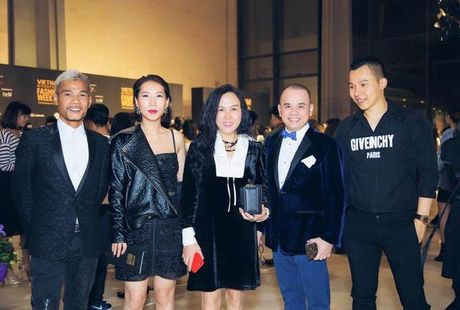 Tham do VIFW be mac: Phuong Chanel, Vu Khac Tiep dien 'do doi' - Anh 10