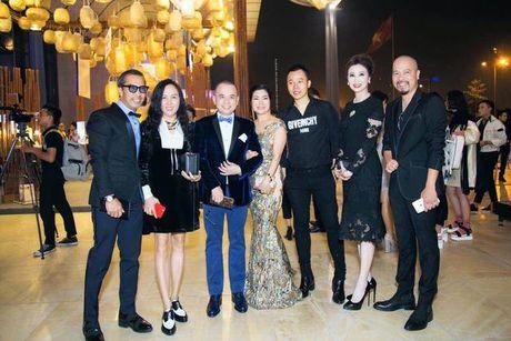 Tham do VIFW be mac: Phuong Chanel, Vu Khac Tiep dien 'do doi' - Anh 3