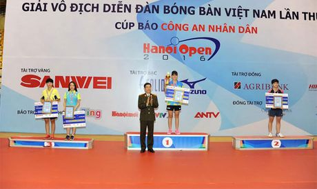 Be mac giai vo dich Dien dan bong ban Viet Nam tranh Cup Bao CAND lan thu 10 - Anh 4