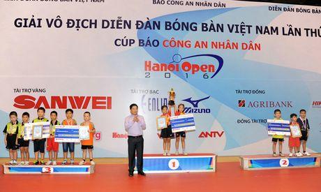 Be mac giai vo dich Dien dan bong ban Viet Nam tranh Cup Bao CAND lan thu 10 - Anh 5
