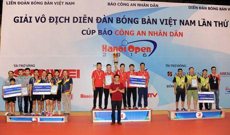 Be mac giai vo dich Dien dan bong ban Viet Nam tranh Cup Bao CAND lan thu 10 - Anh 7