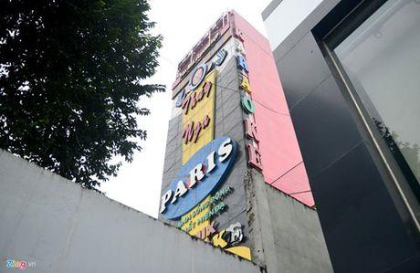 Bien quang cao bit kin quan karaoke, cua hang o Sai Gon - Anh 7