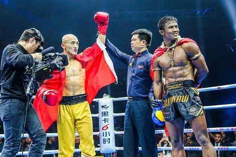 """Bao Thai, Trung Quoc: Yilong thang """"ban"""", Buakaw bi """"dinh don"""" - Anh 5"""