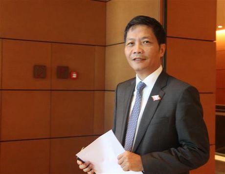 Dai bieu Quoc hoi lo Bo Cong Thuong om dom quan ly ngoai thuong - Anh 1