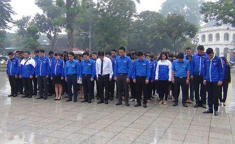 Lanh dao Ha Noi dat vong hoa tuong niem tai tuong dai Le Nin - Anh 5