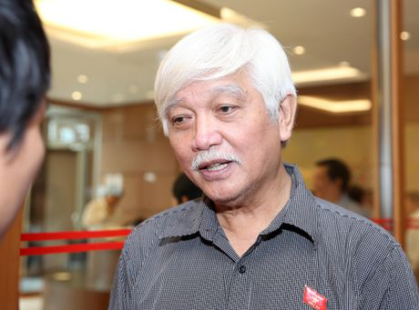Vu ong Vu Huy Hoang: 'Luat nao noi khong xu ly nguoi ve huu?' - Anh 1