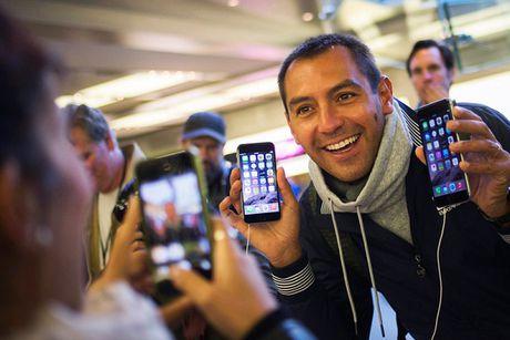 iPhone dan danh mat gia tri va vi the trong mat nguoi dung - Anh 1
